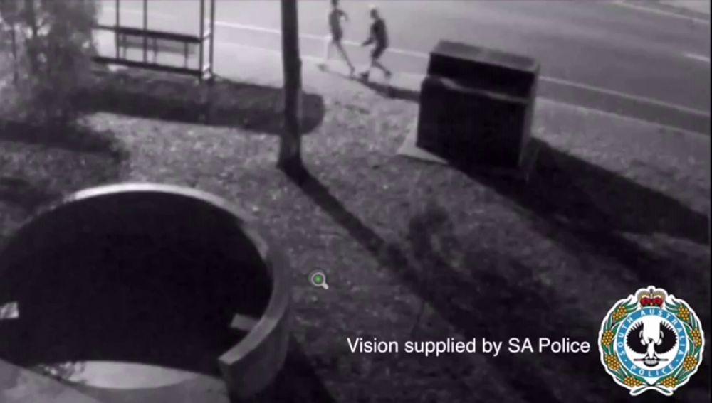 Una corredora consigue escapar del hombre que intentó atacarla por la espalda