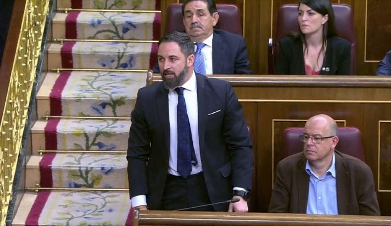 """A3 noticias 1 (21-05-19) Bronco acatamiento de la Constitución en el Congreso: del """"por España"""" de Vox al """"imperativo legal"""" de los independentistas"""