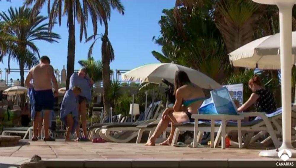 Los hoteles canarios bajan los precios en mayo y junio