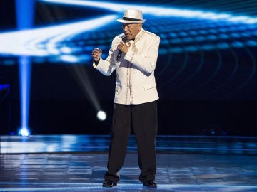 Nico Fioole canta 'It's not inusual' en las Audiciones a ciegas de 'La Voz Senior'