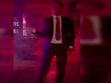 Ignacio Aguado bailando