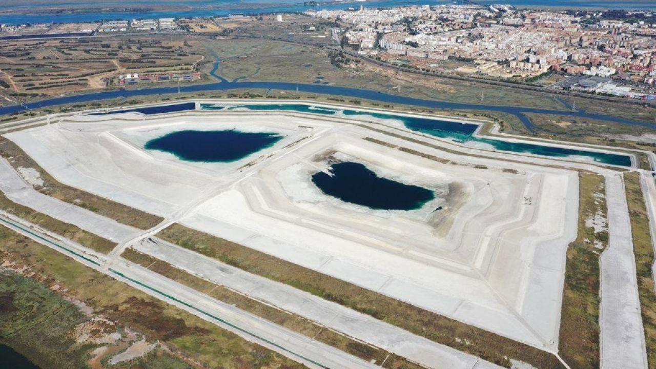 Denuncian El Vertido A La Ría De Huelva De 4 Millones De