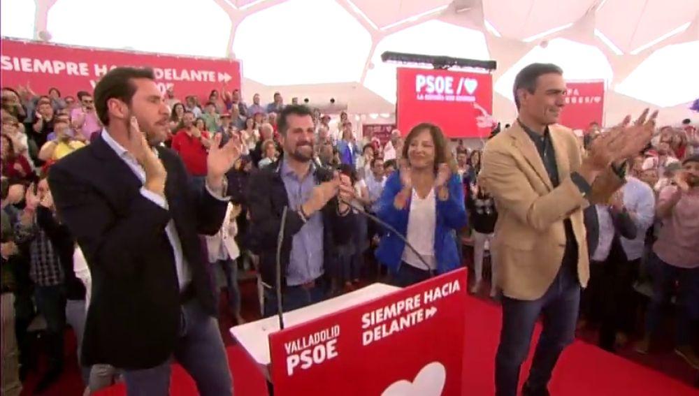Sánchez pide a los socialistas repetir el domingo la misma gesta que el 28-A en el cierre de campaña