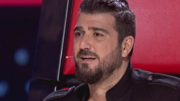Antonio Orozco, muy emocionado, se confiesa ante un talent de 'La Voz Senior'