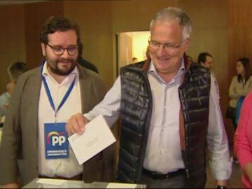 El candidato del PP al ayuntamiento de Barcelona espera un gobierno municipal de pactos y muy repartido