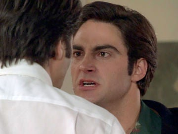 Álvaro le planta cara a un agresivo Gabriel