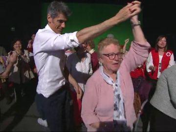 Jorge Fernández y Laura Moure se marcan un baile con su público más especial