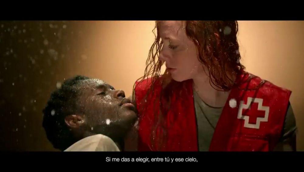 El vídeo de Cruz Roja para anunciar el sorteo de Lotería que ha emocionado a las redes