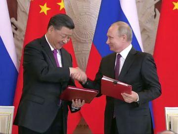 """Putin y Xi escenifican la buena relación bilateral, en """"un nivel sin precedentes"""""""
