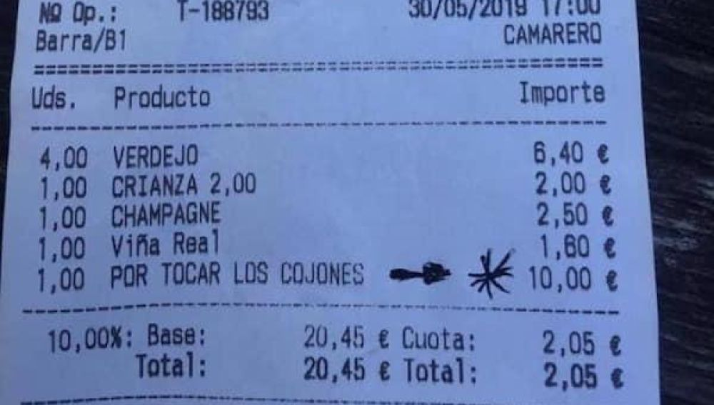 Ticket donde cobran 10 euros 'por tocas los cojones'