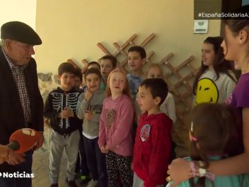 Un hombre de 87 años dona los ahorros de toda su vida para construir la guardería de su pueblo