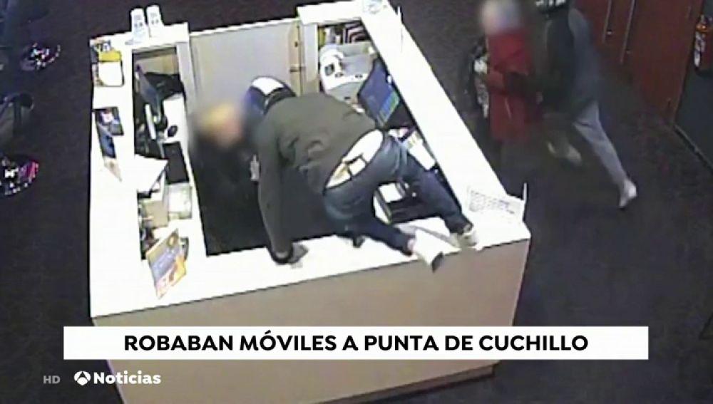Desarticulan una banda criminal especializada en robos violentos en tiendas de telefonía