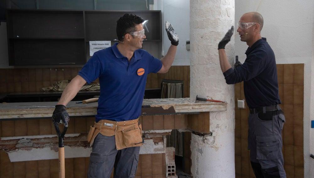 Albert y Paco pasan de 'Chapu y Zas' a 'Demolition men'