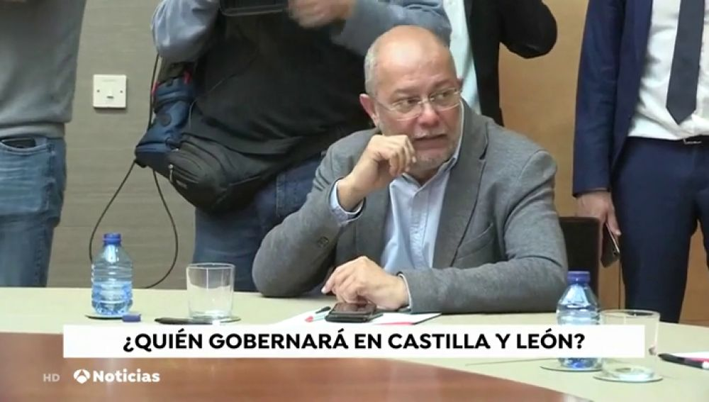 ¿Qué partidos gobernarán en los Ayuntamientos españoles?
