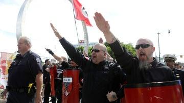 Imagen del grupo neonazi en Detroit