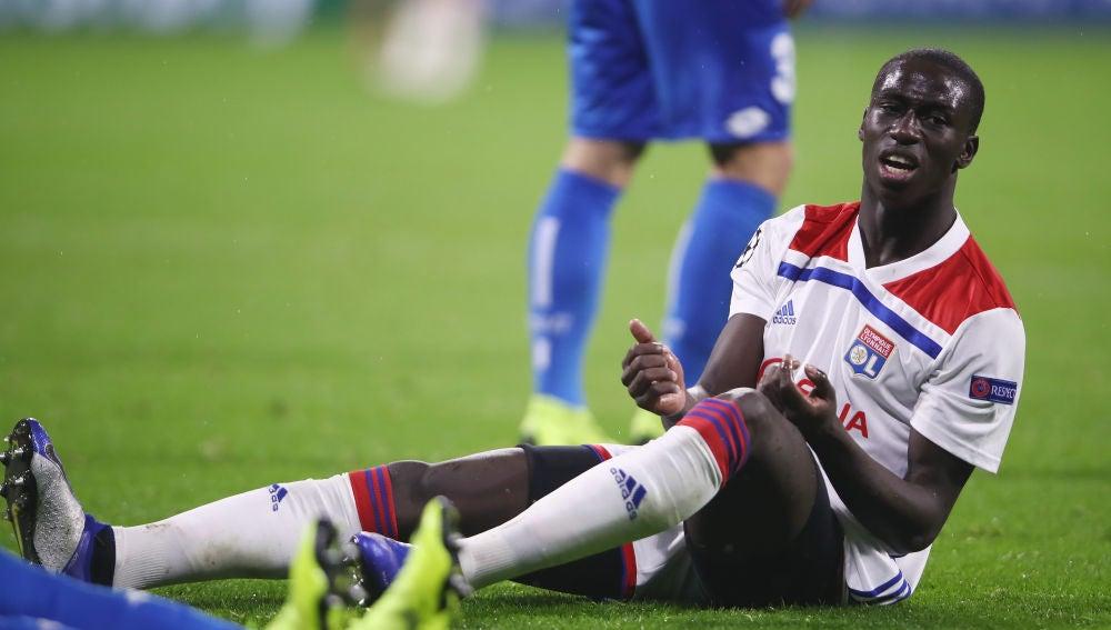 Ferland Mendy, durante un partido con el Lyon
