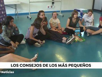 Niños y jóvenes se reunen con alcaldes y concejales para plantear sus propuestas