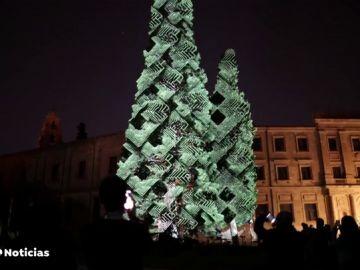 El festival Luz y Vanguardias ilumina con arte algunos de los tesoros arquitectónicos de Salamanca