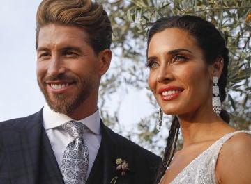 Sergio Ramos y Pilar Rubio posan como marido y mujer