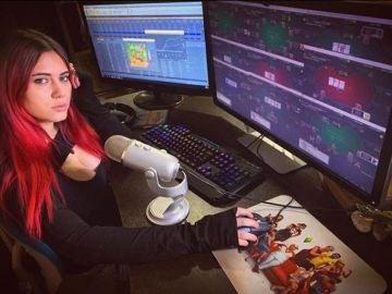 Lilya Novikova, una jugadora rusa de póker en línea