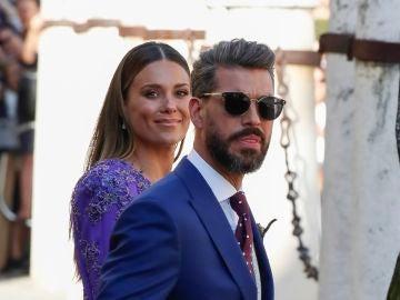 Lorena Gómez y René Ramos en la boda de Sergio Ramos y Pilar Rubio