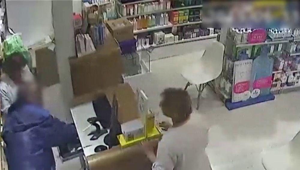 Atracos en farmacias: cae uno de los ladrones más activos de Barcelona