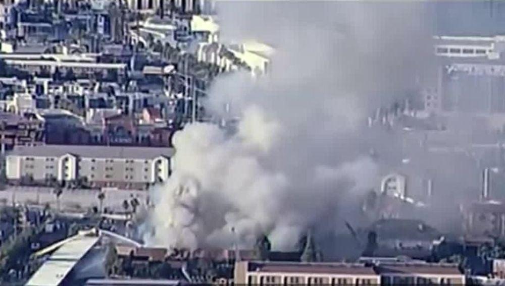Incendio en un edificio de oficinas en Las Vegas