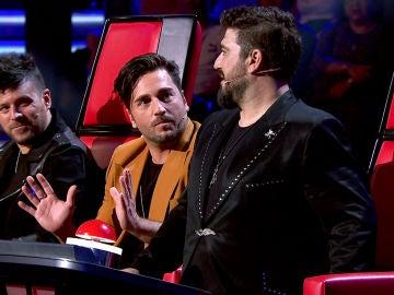 """Semifinal: David Bustamante defiende su sillón ante Antonio Orozco en 'La Voz Senior': """"El co-coach soy yo, no puedes hacer todo"""""""