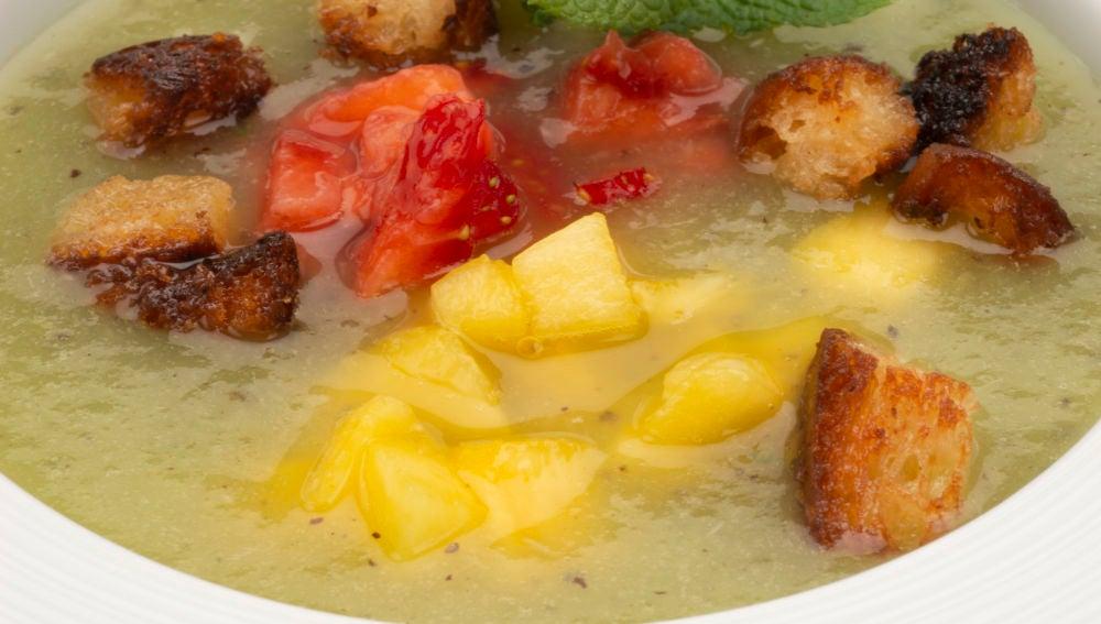 Receta de Karlos Arguiñano: Gazpacho de kiwi y limón