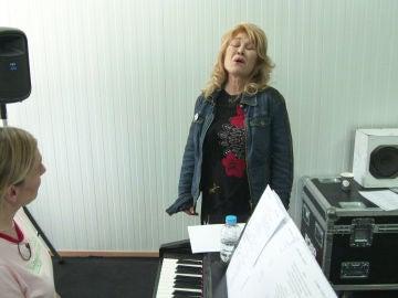 """Helena Bianco: """"Cuando canto 'Te extraño' tengo que pensar en un amor imposible"""""""
