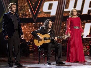 Semifinal: Ignacio Encinas y Blanca Villa cantan 'Sevilla' con Tomatito a la guitarra en la Semifinal de 'La Voz Senior'