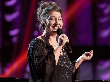 Semifinal: Enriqueta Caballero canta 'Un ramito de violetas' en 'La Voz Senior'