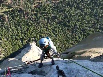 Selah, de diez años, la persona más joven en escalar 'The Nose'