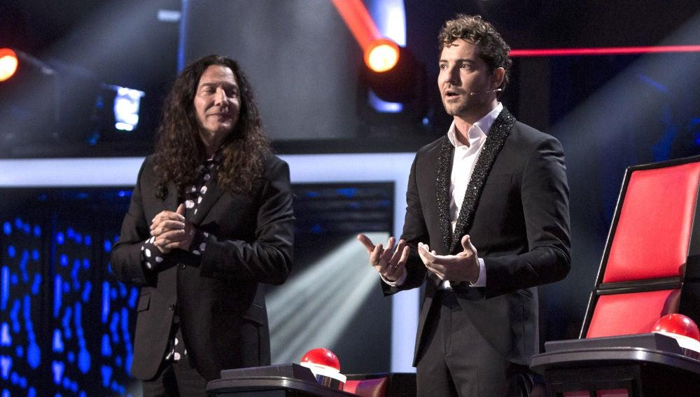 """Semifinal: David Bisbal agradecido a Ignacio Encinas: """"Esto solo pasa en 'La Voz Senior', que nos dan consejos a nosotros"""""""
