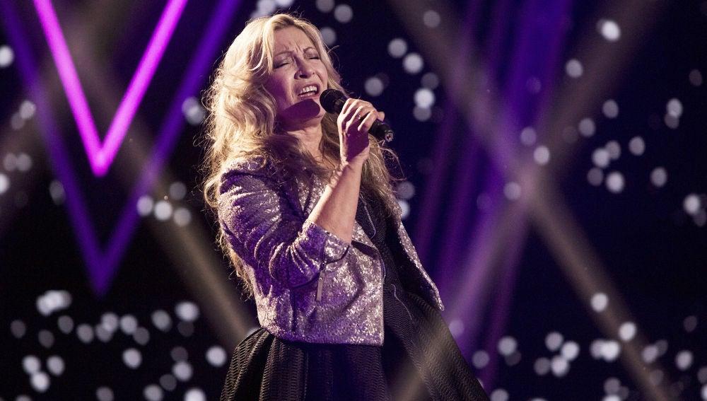 Semifinal: Adriana Ceballos canta 'Stop' en la Semifinal de 'La Voz Senior'