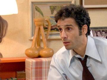 Ignacio, ebrio, le confiesa a Nuria su angustia