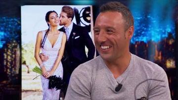 """Santi Cazorla y Pablo Motos destapan en 'El Hormiguero 3.0' todos los detalles de la boda de Sergio Ramos y Pilar Rubio: """"Ese día valía todo"""""""