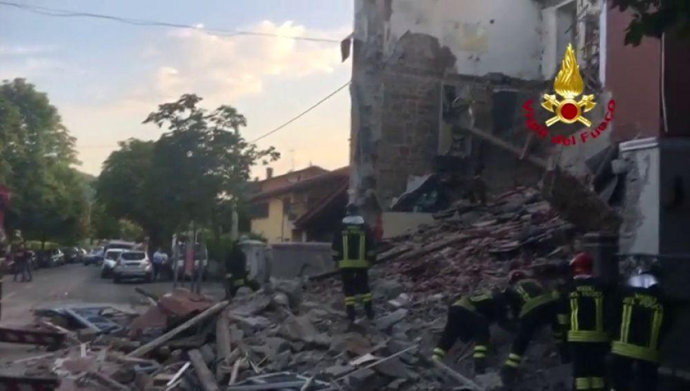 Tres fallecidos en el derrumbe de un edificio en Italia