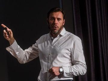 El Grupo Socialista en el Ayuntamiento de Valladolid presenta su balance de mandato. En la imagen el actual alcalde y candidato a la reelección por el PSOE al Ayuntamiento de Valladolid, Óscar Puente, durante su intervención
