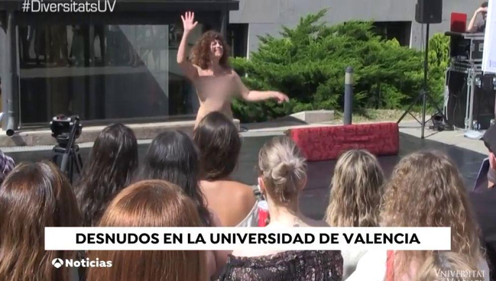 Teatro con desnudo en la Universidad e Valencia