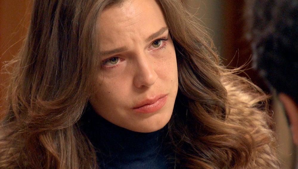 María regresa y se encuentra con el desprecio de Ignacio