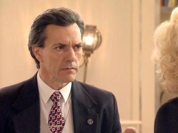Domingo se niega a ayudar a Ascensión en su plan de inculpar a Ana