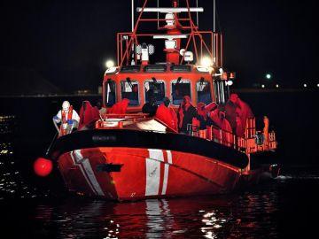 Salvamento Marítimo en el mar de Alborán
