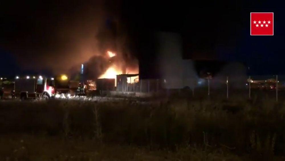Registrado un incendio en una nave industrial en Alcalá de Henares