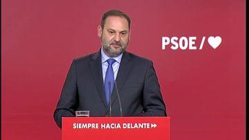 """El PSOE insta a Rivera a que """"escuche a su partido"""" y se abstenga en la investidura"""