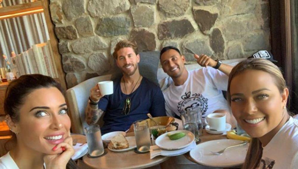 Pilar Rubio y Sergio Ramos, en su luna de miel junto a Keylor Navas y Andrea Salas