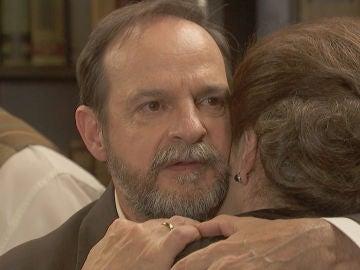El impredecible responsable de que Francisca siga con vida