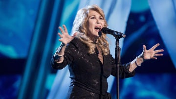 Helena Bianco canta 'A mi manera' en la Gran Final de 'La Voz Senior'