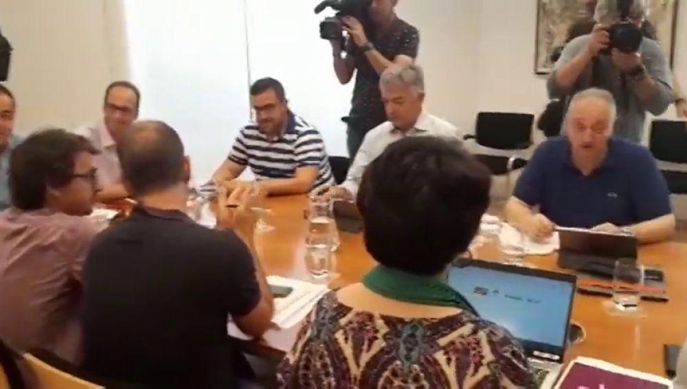 Acuerdo de izquierdas y nacionalistas para gobernar en Navarra