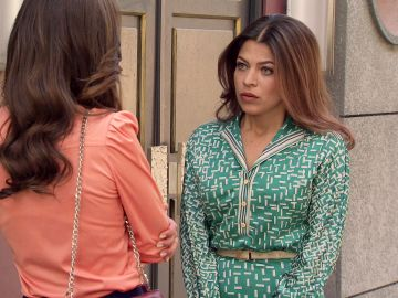 Nuria habla con María y trata de convencerla de que entre Ignacio y ella no hay nada